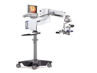 手術顕微鏡を使用した丁寧な手術